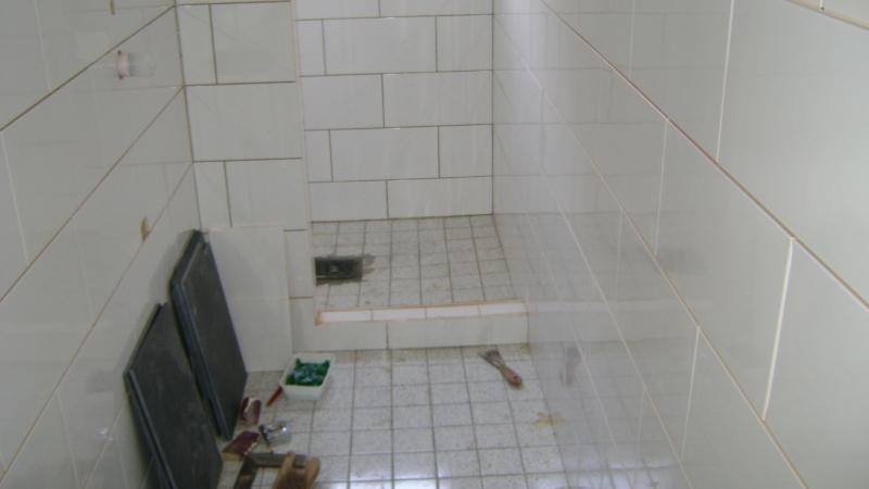 Keuken Betegelen Kosten : Op de onderstaande foto's betegelen we een badkamer en toiletruimte